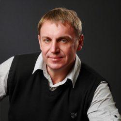 Дмитрий Резаев